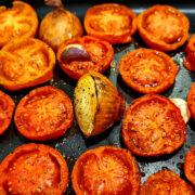 Tyrkisk tomatsuppe med bagte tomater